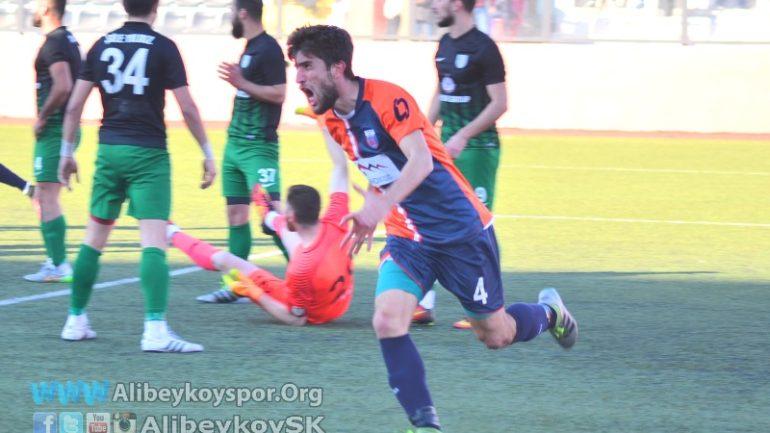 Futbolcularımızın ağzından şampiyonluk hikayemiz – Cüneyt Kaba
