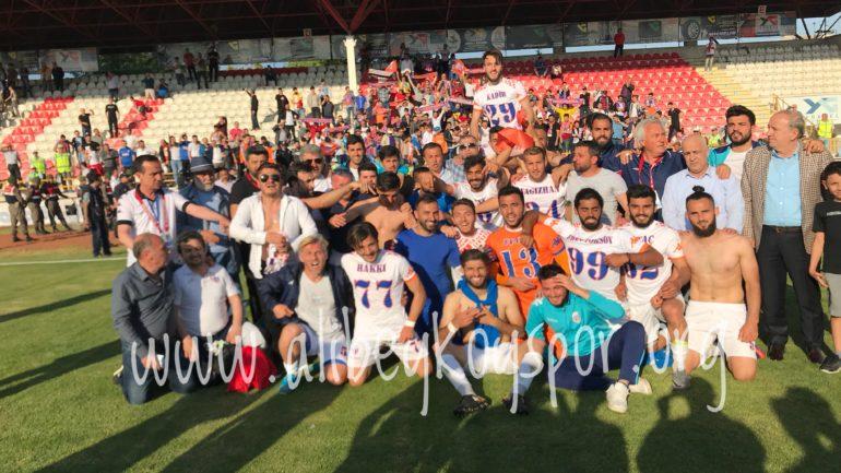Şampiyon Alibeyköyspor TFF 3. Lige yükseldi!