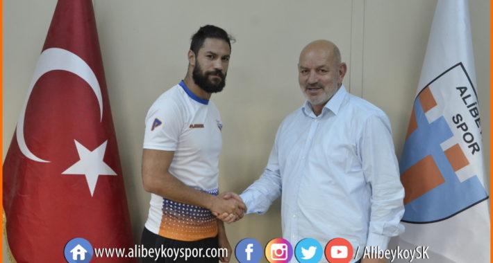 Mehmet Aksel Karadağ Alibeyköysporumuzda