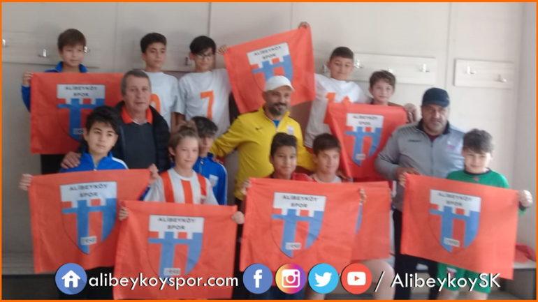 Alibeyköyspor 12-0 Karadolapspor
