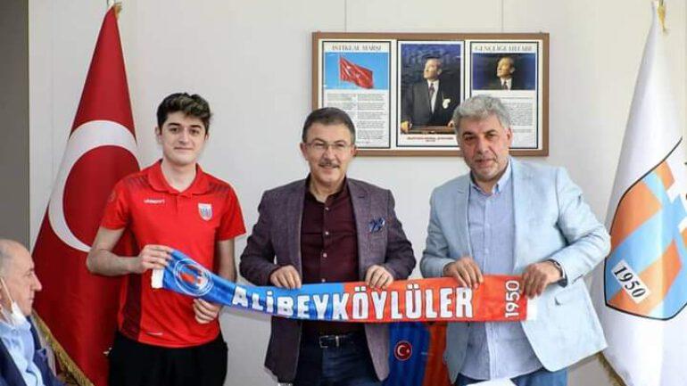 Belediye Başkanından Alibeyköyspor'a ziyaret